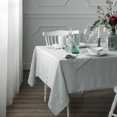 Столовый набор из льняных салфеток и скатерти лучший подарок новоселам